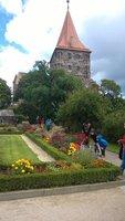 Gardens_of..burg_Castle.jpg