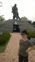 Korean_War..hers_Statue.jpg
