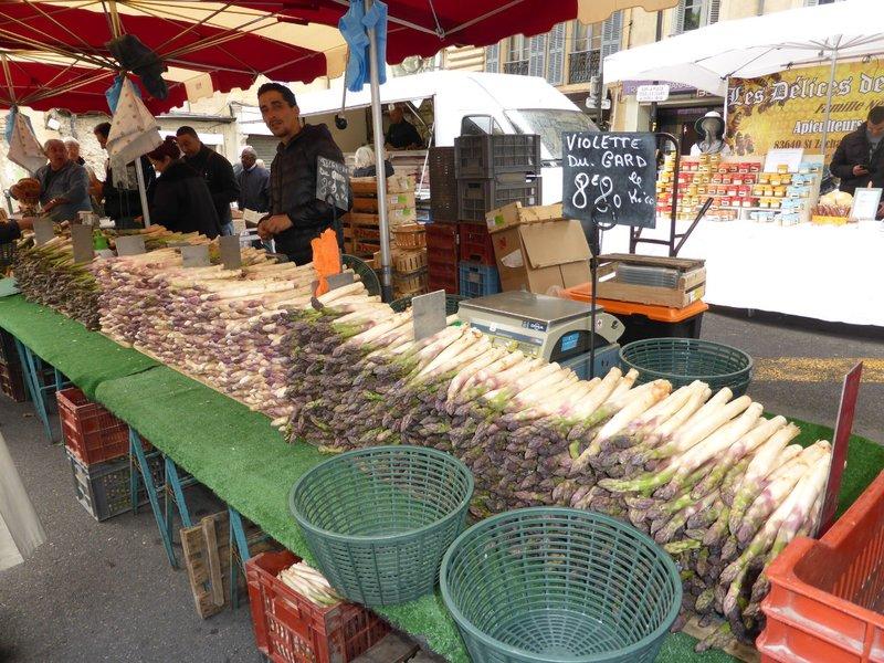 large_Aix_en_Provence_market_8.jpg