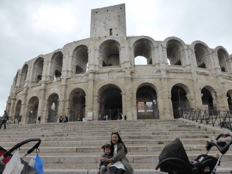 large_Arles_street_3.jpg