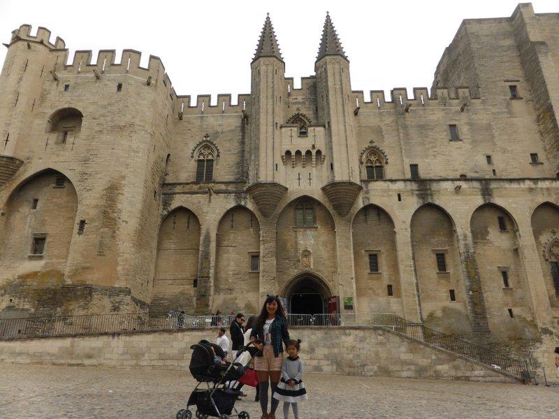 large_Avignon_9.jpg