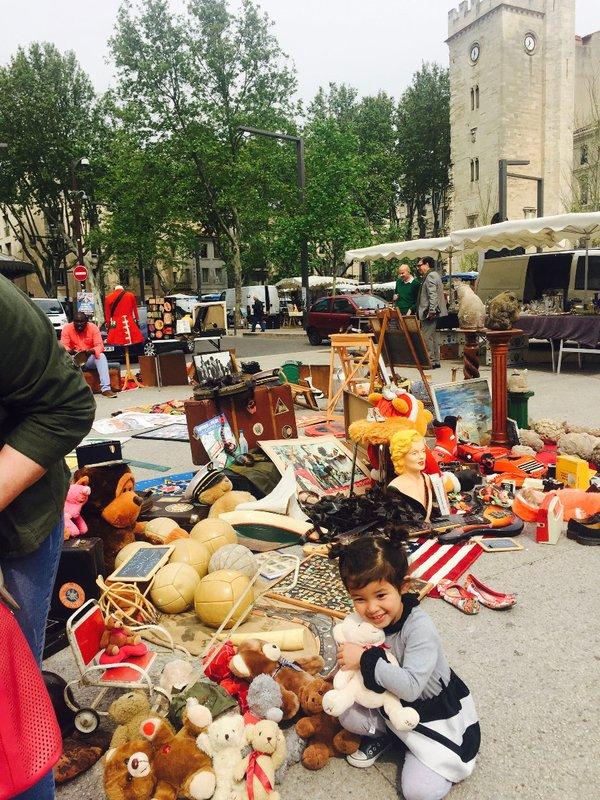 large_Avignon_market_10.jpg