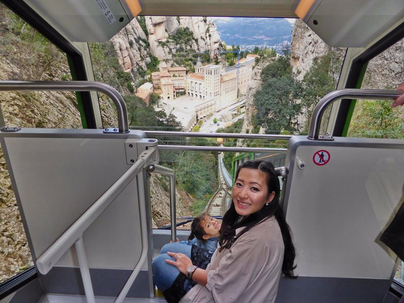 large_Montserrat_cable_car_adj.jpg