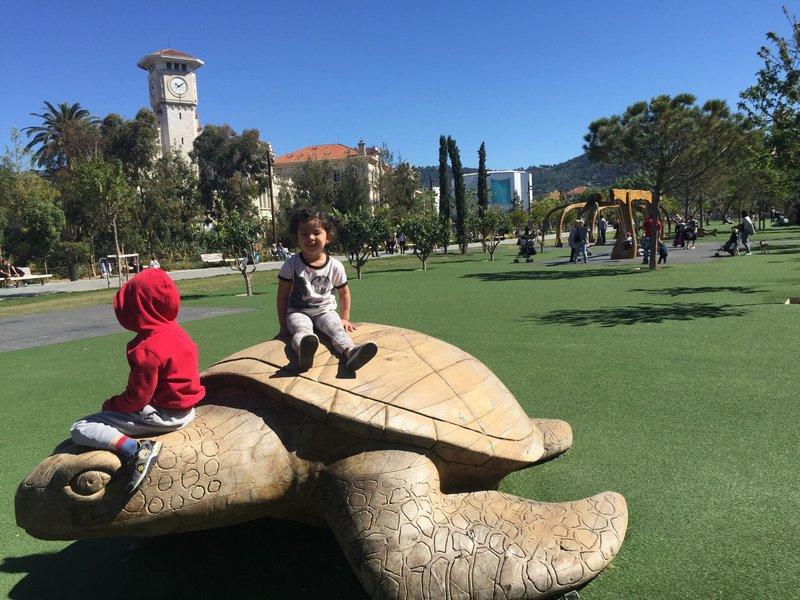 large_Nice_playground_4.jpg