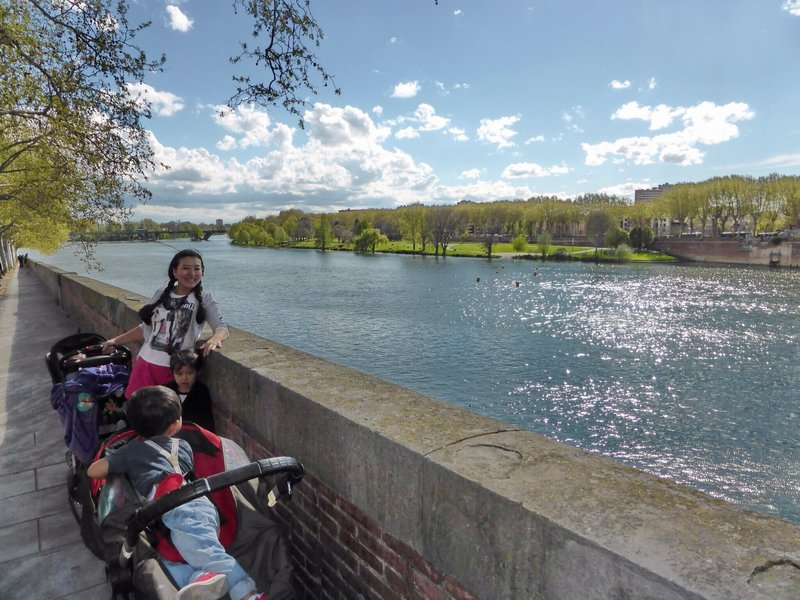 large_Toulouse_river_4a.jpg