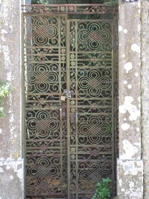 A decorative door in Sintra
