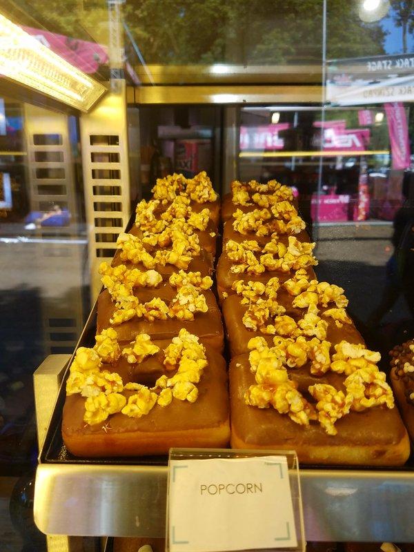 Popcorndonut