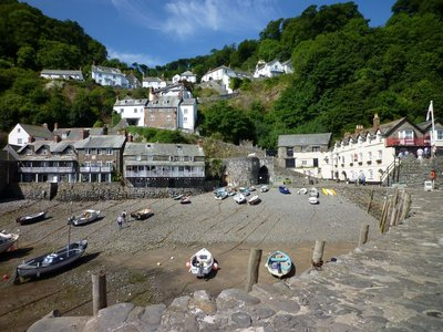 Clovelly_-_Harbour02