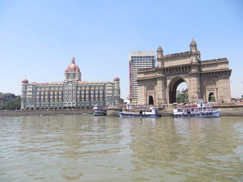 TAJ MAHAL PALACE & GATAWAY OF MUMBAI