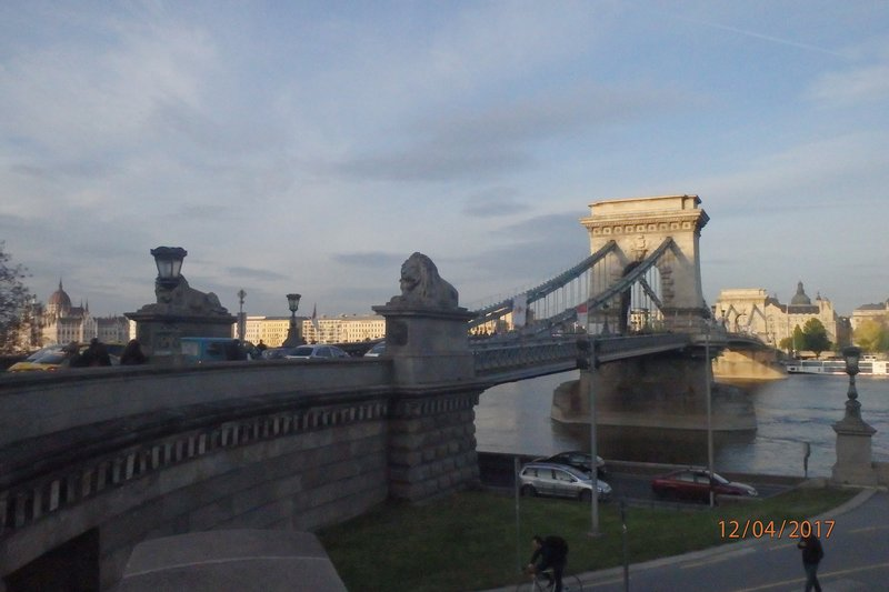 Images of Budapest - The Chain Bridge