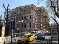 Walking the streets of Istanbul - chunky scaffolding!