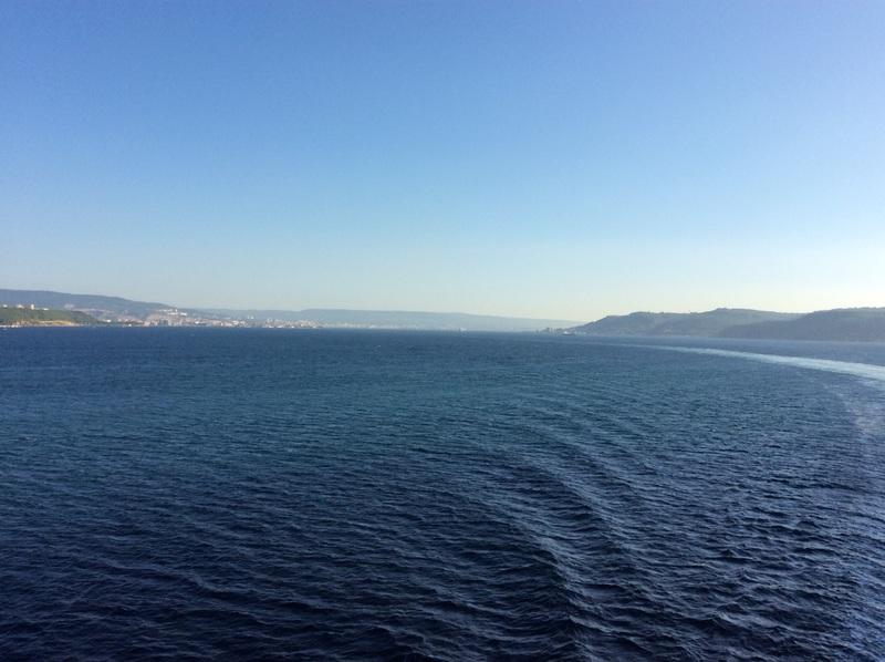 Sailing through the Dardanelles
