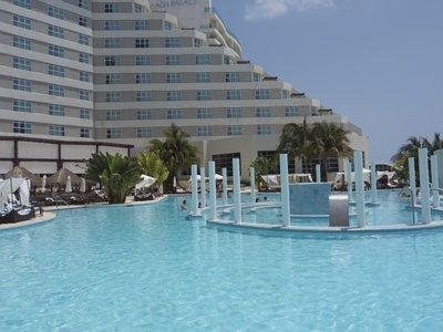 ME_Cancun.jpg