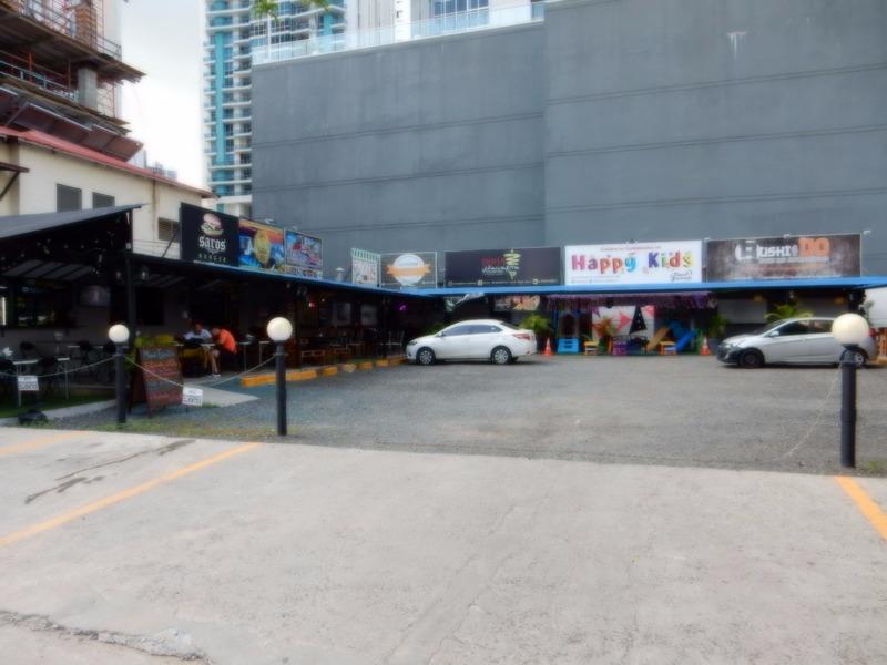 food court - left