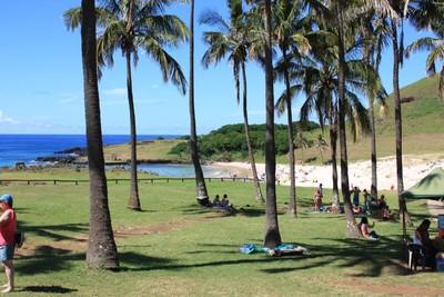 anakena-beach-easter-island_33390056711_o.jpg
