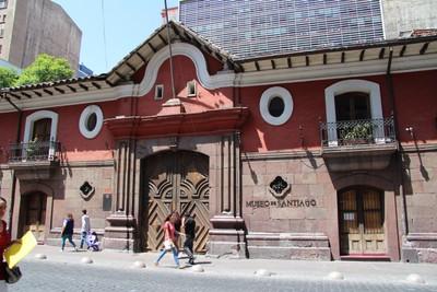 casa-colorada-santiago_34219803156_o.jpg