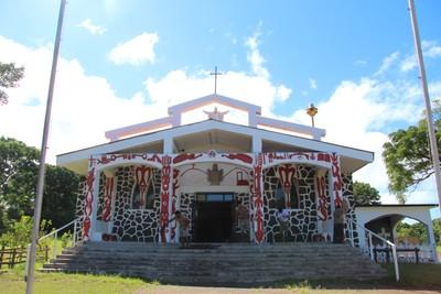 hanga-roa-church_33640971375_o.jpg