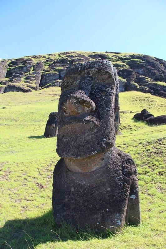 large_270_rano-raraku-moai-quarry-easter-island_33251229605_o.jpg