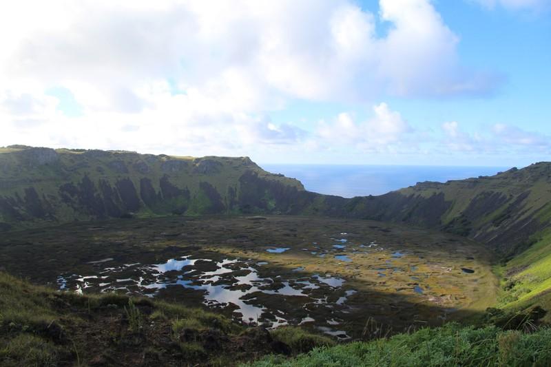 large_rano-kau-easter-island_33250776455_o.jpg
