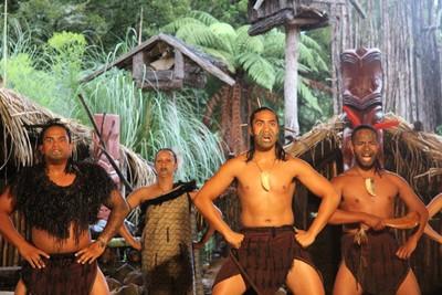 mitai-maori-show-rotorua_49919218886_o.jpg
