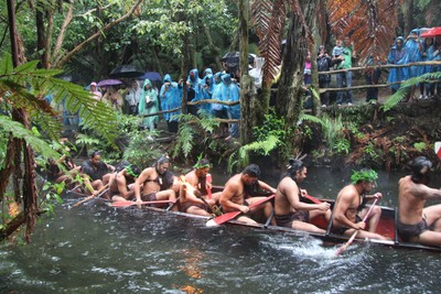 mitai-maori-show-rotorua_49919526602_o.jpg