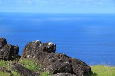 orongo-ceremonial-village-easter-island_33122694821_o.jpg