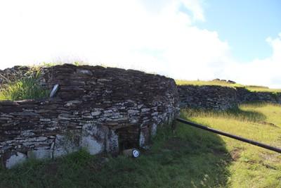 orongo-ceremonial-village-easter-island_33122836281_o.jpg