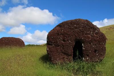 puna-pau-quarry-easter-island_32407013094_o.jpg
