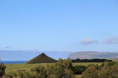 rano-raraku-moai-quarry-easter-island_32436888643_o.jpg