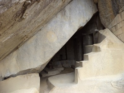 temple-of-the-sun-royal-tombs_48880332143_o.jpg
