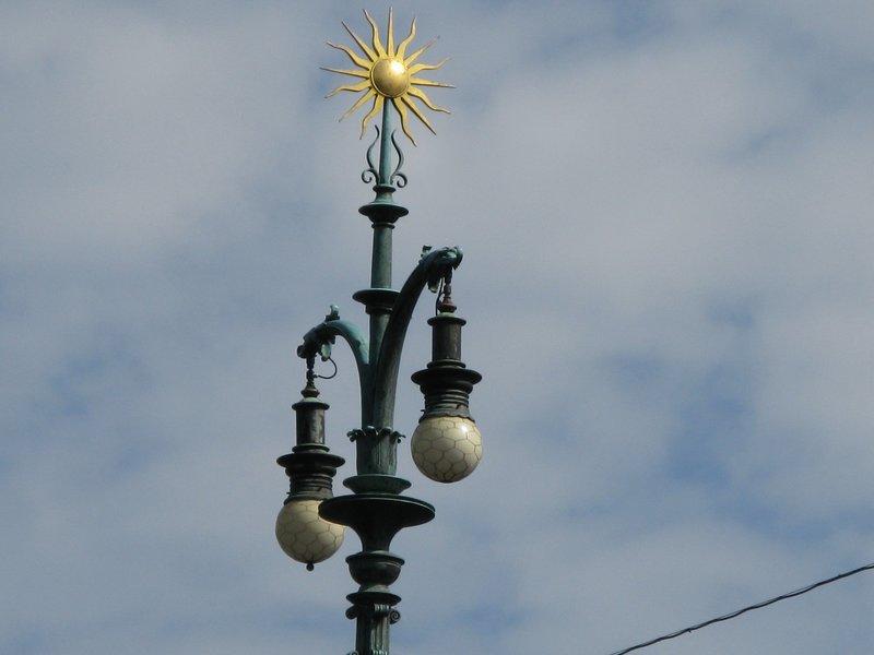 Fancy bridge lamppost