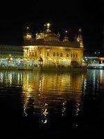Golden Tempel by night