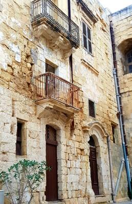 M - Valletta street3