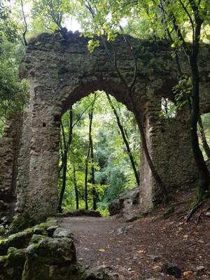 Valle delle Ferriere walk1