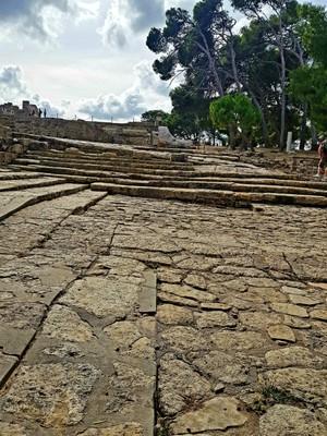 C-openair theatre Knossos