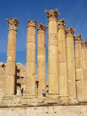 J-Jerash Roman columns