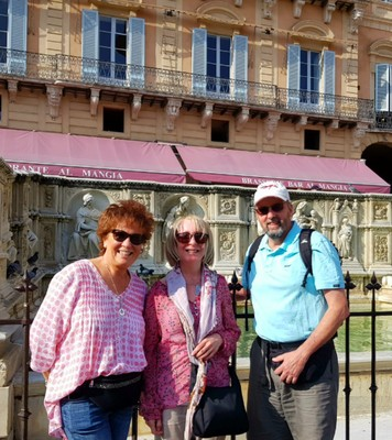 Mindy, Sue and Mark in Siena