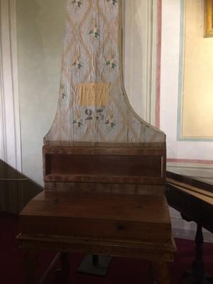 First upright piano Galleria dell'Accademia