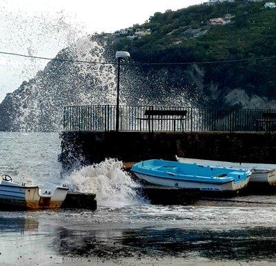 Seaspray Ischia