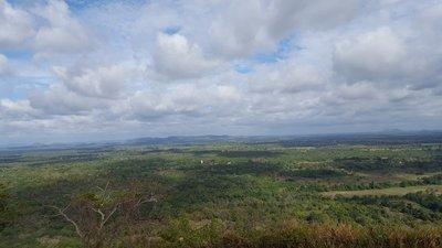 Sigiriya, Lion Rock. The white line in the distance is a big Buddha.