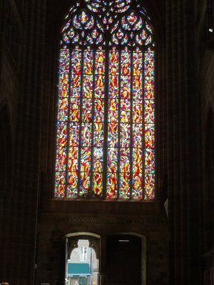 Stain glass in Quintin