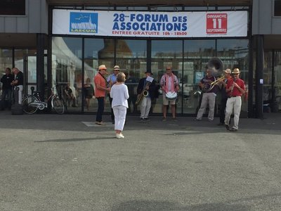 Umpa band that was playing in the Port of St Malo