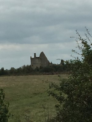 We are nearly there.... the ruins of chateau