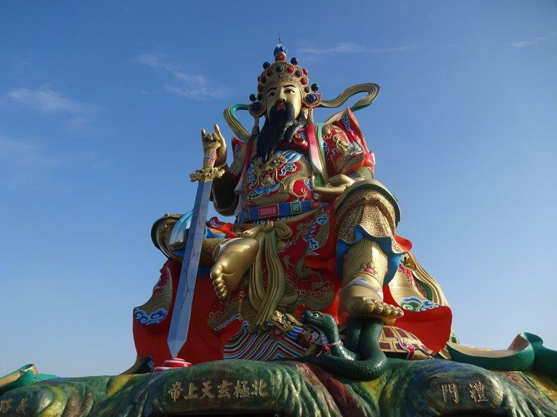 Supreme Emperor of the Dark Heaven Statue, Lotus Lake