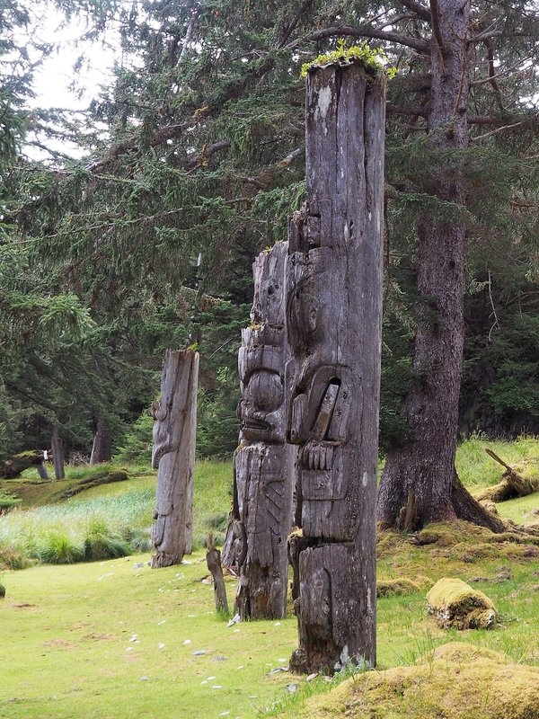 totems 3