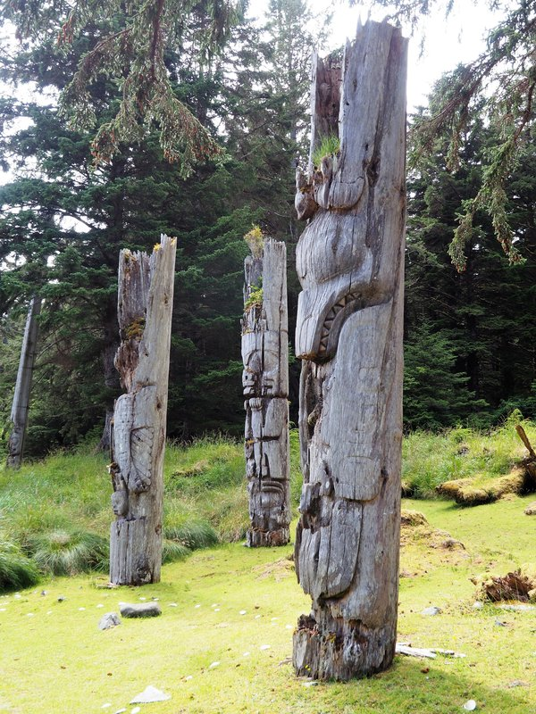 totems 2