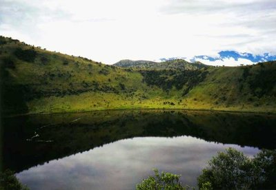 Queen Elizabeth National Park, crater
