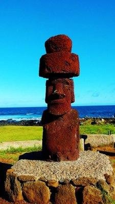 10-Moai.jpg
