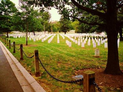 2-Arlingto..al_Cemetery.jpg
