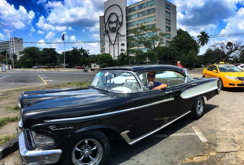 large_1958_-_Ford_Edsel_-_Neil.jpg